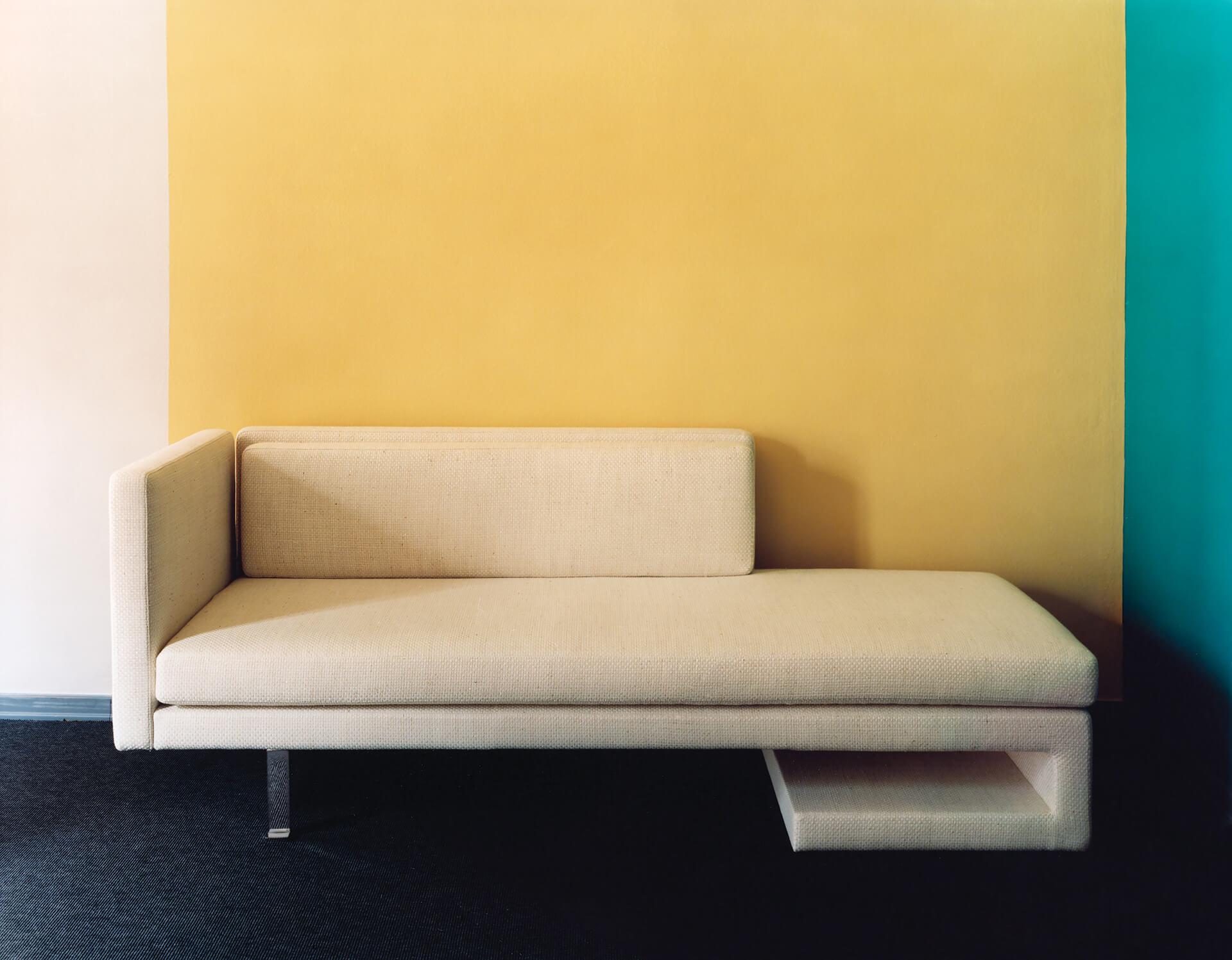 Carl  -  sofa LPA  2018